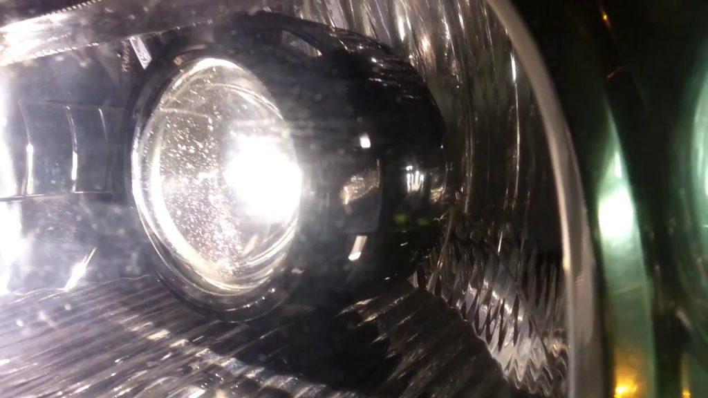 Honda Civic Retrofitting Bi Xenon Projector Lens